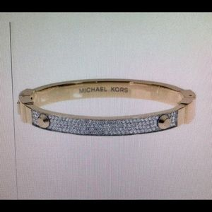 Nice bracelet